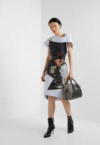 Vivienne Westwood - AMNESIA DRESS - Koktejlové šaty/ šaty na párty - bosschaert - 1