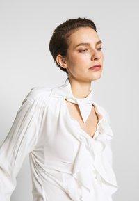 Vivienne Westwood - WIZARD - Hemdbluse - off white - 4