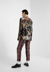 Vivienne Westwood - PIANIST SHIRT - Košile - still life - 2