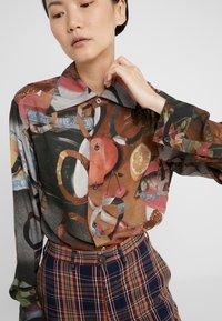 Vivienne Westwood - PIANIST SHIRT - Košile - still life - 5