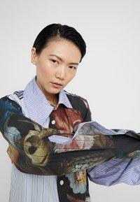 Vivienne Westwood - LOTTIE SHIRT - Camicia - bosschaert - 5