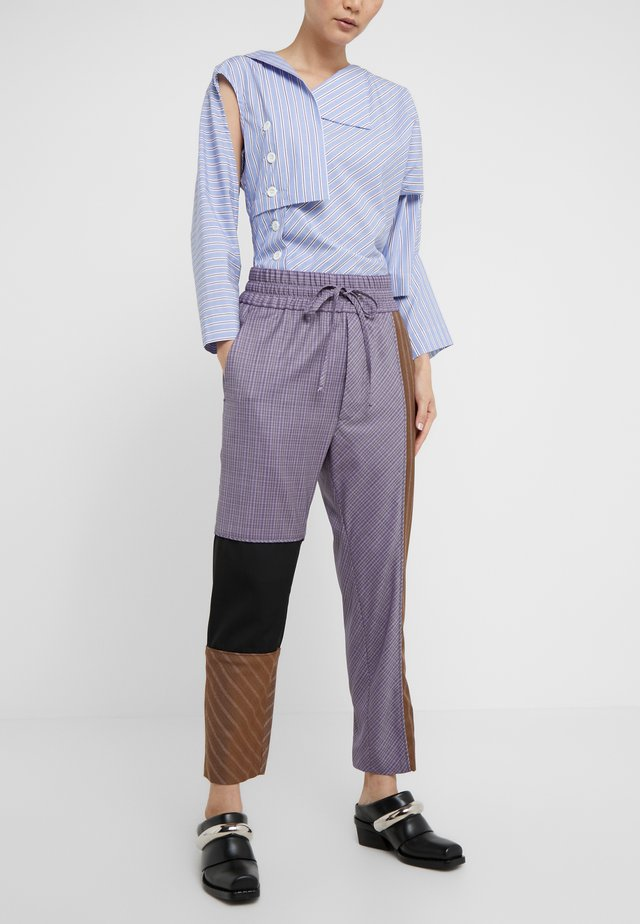 FRIDA TRACKSUIT - Trousers - lilac