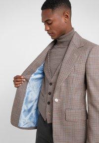 Vivienne Westwood - Suit jacket - beige - 3