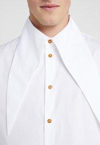 Vivienne Westwood - HALS  - Skjorte - white - 4