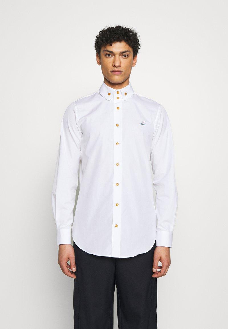 Vivienne Westwood - BUTTON KRALL CLASSIC - Hemd - white