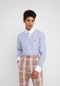 Vivienne Westwood - CLIP SHIRT - Formal shirt - light blue - 0