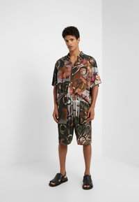 Vivienne Westwood - TARAS SHIRT FETZEN - Košile - multicolor - 1