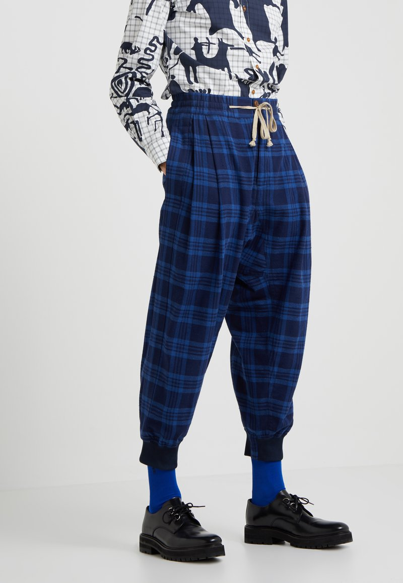 Vivienne Westwood - BRUSHED SPORTS MACCA PANT - Trousers - navy