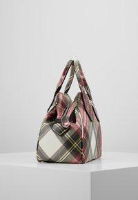 Vivienne Westwood - DERBY YASMINE - Handbag - new exhibition - 3