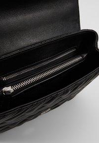 Vivienne Westwood - COVENTRY MEDIUM HANDBAG - Across body bag - black - 5