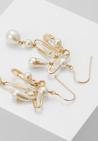 Vivienne Westwood - JORDAN LONG EARRINGS - Boucles d'oreilles - gold-coloured - 2