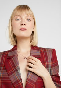Vivienne Westwood - ARETHA RELIEF SMALL PENDANT - Necklace - pink gold-coloured - 1