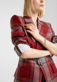 Vivienne Westwood - SKELETON BRACELET - Armbånd - palladium - 1