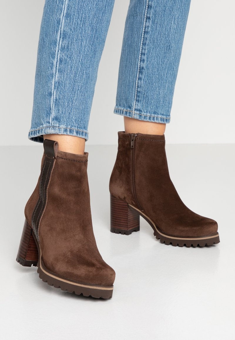 Weekend by Pedro Miralles - Classic ankle boots - brown