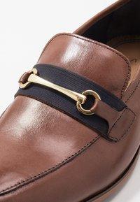 Walk London - RAPHAEL  - Mocassini eleganti - swiss brown/navy - 5