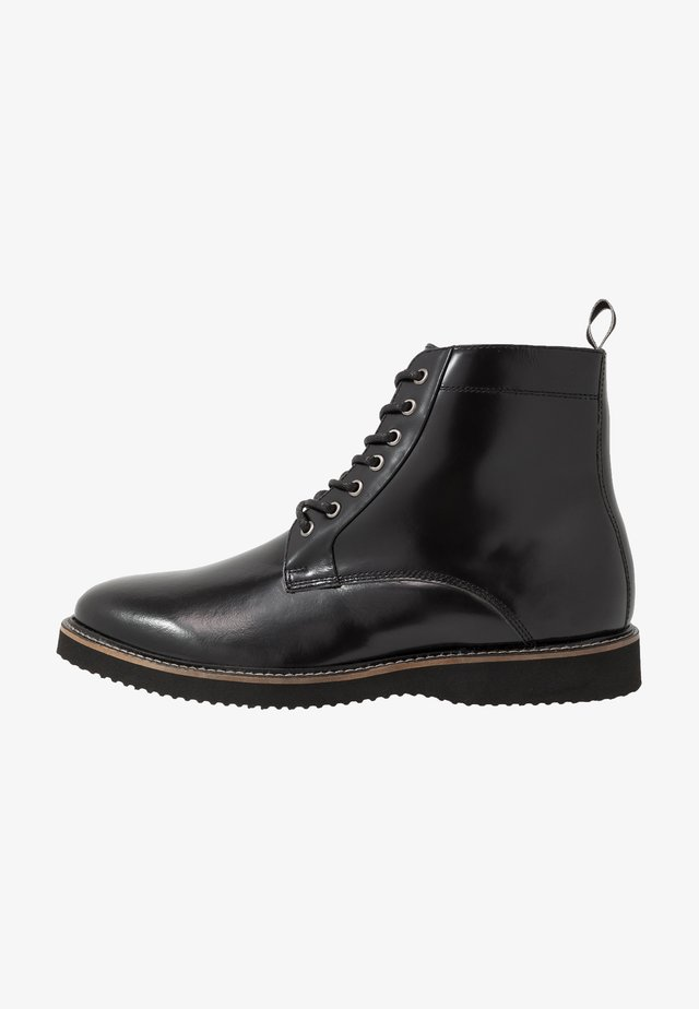 CHUCK LACE UP - Lace-up ankle boots - smooth black/tape black/grey