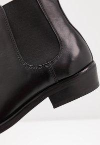 Walk London - CUBAN CHELSEA - Classic ankle boots - black - 5