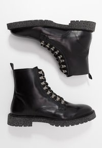 Walk London - HEN HIKER - Botines con cordones - black - 1