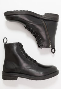 Walk London - WOLF LACE UP - Botines con cordones - black - 1