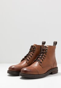Walk London - WOLF TOE CAP - Bottines à lacets - brown - 2