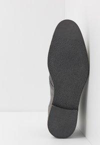 Walk London - DYLAN DESERT BOOT - Zapatos con cordones - crut grey - 4