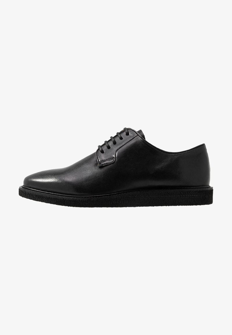 Walk London - DEL DERBY - Stringate sportive - swiss black