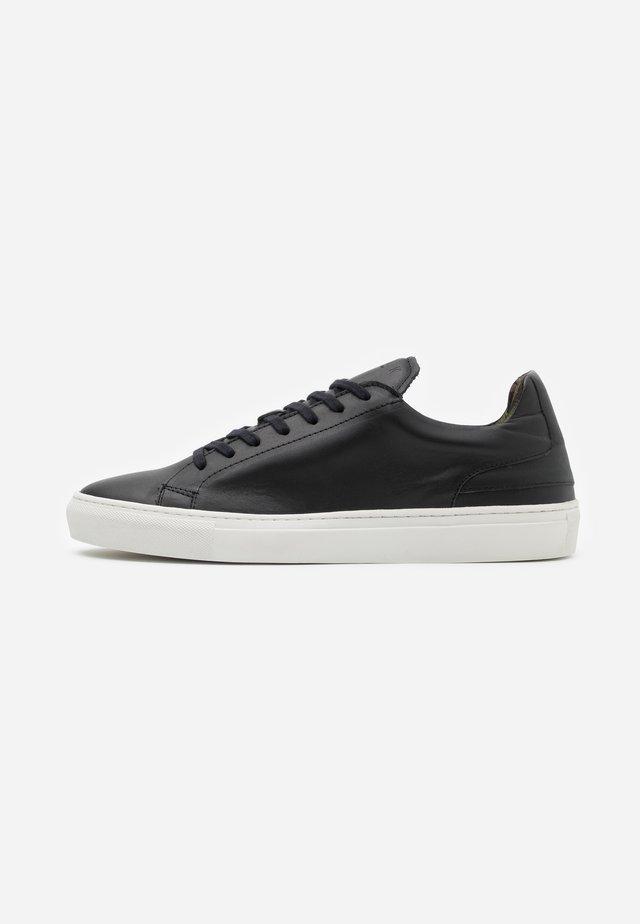 GRADUATE  - Sneakers basse - nappa vegetal black