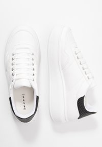 Warehouse - HEAVY SOLE TRAINER - Trainers - white/black - 3
