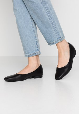 SQUARE TOE BALLET  - Ballet pumps - black