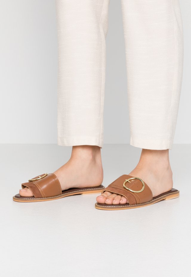 RING DETAIL MULE - Sandaler - tan