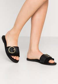 Warehouse - RING DETAIL MULE - Mules - black - 0