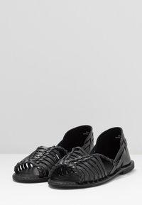Warehouse - HUARACHE - Sandals - black - 4