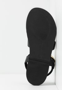 Warehouse - MULTI STRAP FOOTBED - Sandals - black - 6