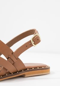 Warehouse - STRAP STUDDED  - Sandals - tan - 2