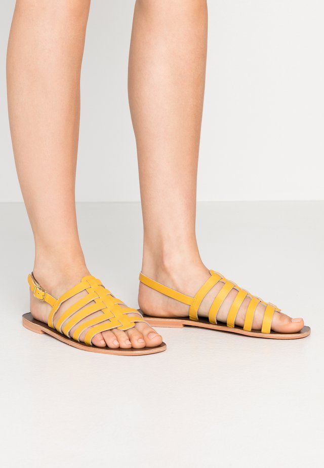 GLADIATOR  - Sandaler - yellow