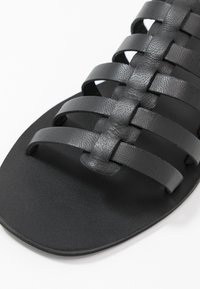Warehouse - GLADIATOR  - Sandals - black - 2
