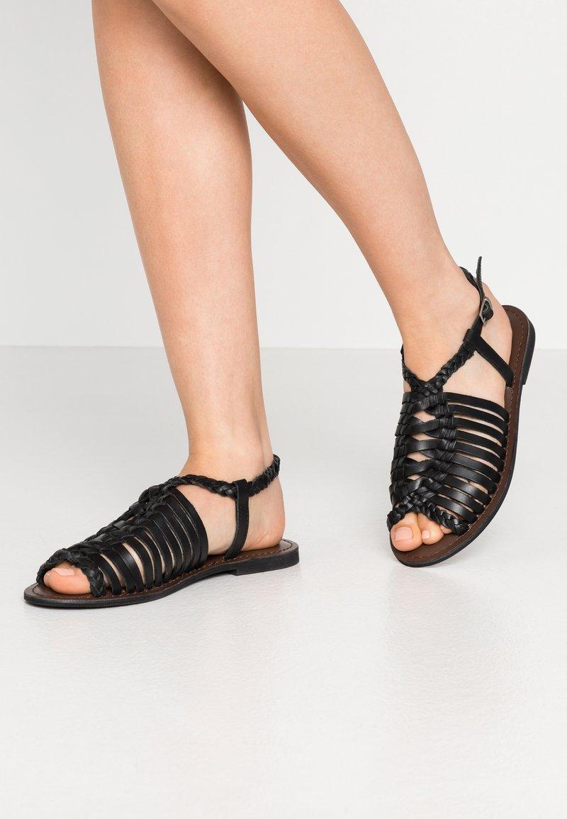 Warehouse - OPEN BACK HUARACHE - Sandals - black