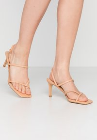 Warehouse - SQUARE TOE STRAPPY  - High heeled sandals - camel - 0