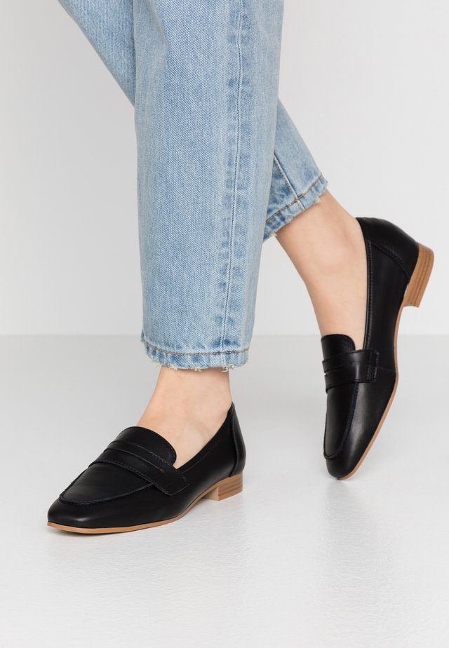 LOAFER - Półbuty wsuwane - black