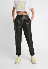 Warehouse - TROUSERS - Pantalon classique - black - 0