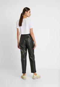 Warehouse - TROUSERS - Pantalon classique - black - 3