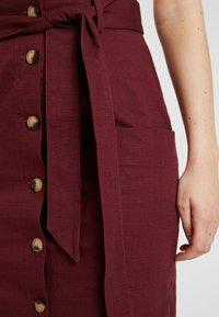 Warehouse - PENCIL SKIRT - Falda de tubo - burgundy - 4