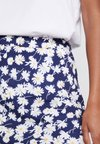 Warehouse - DAISY BIAS CUT SKIRT - Blyantnederdel / pencil skirts - navy
