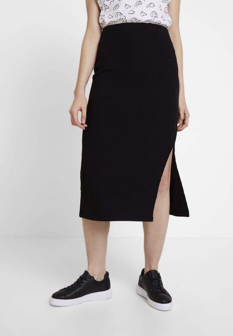 Warehouse - MIDI SKIRT - Pouzdrová sukně - black