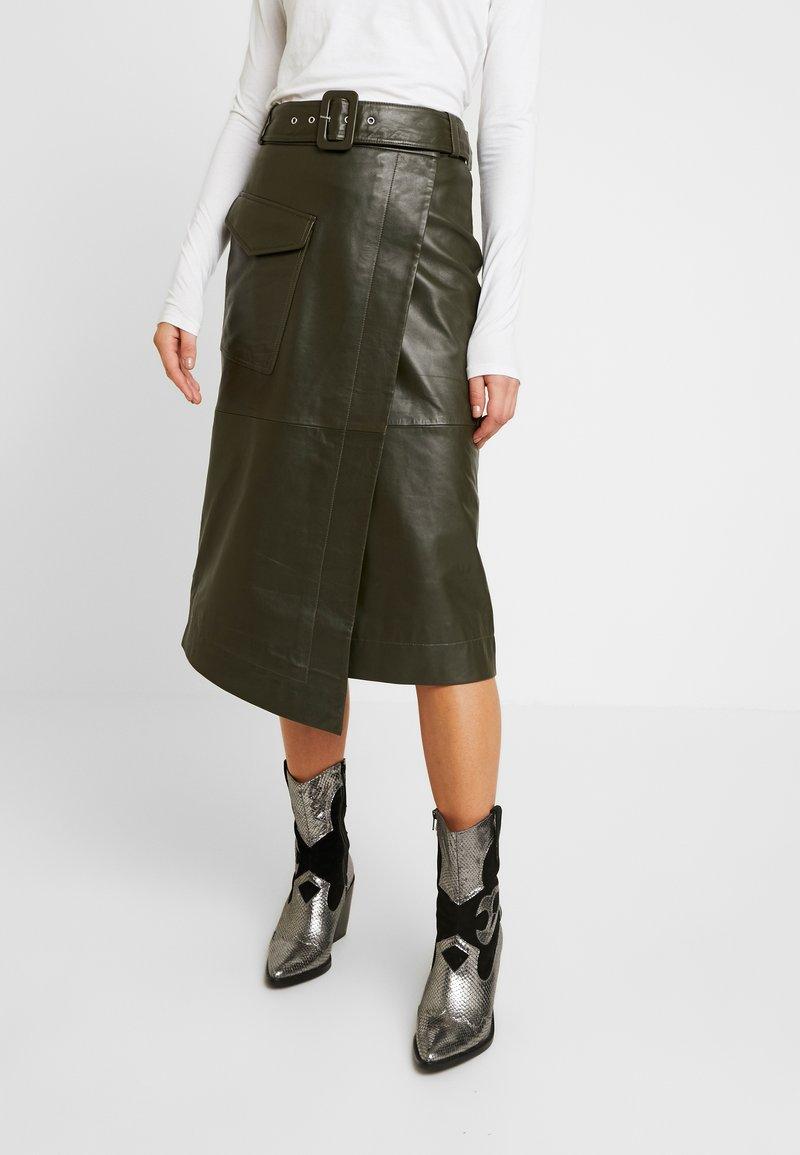 Warehouse - BELTED SKIRT - A-line skirt - khaki