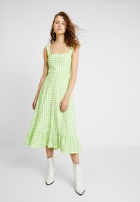 Warehouse - SHRIMPS GINGHAM DRESS - Maxi dress - green - 0