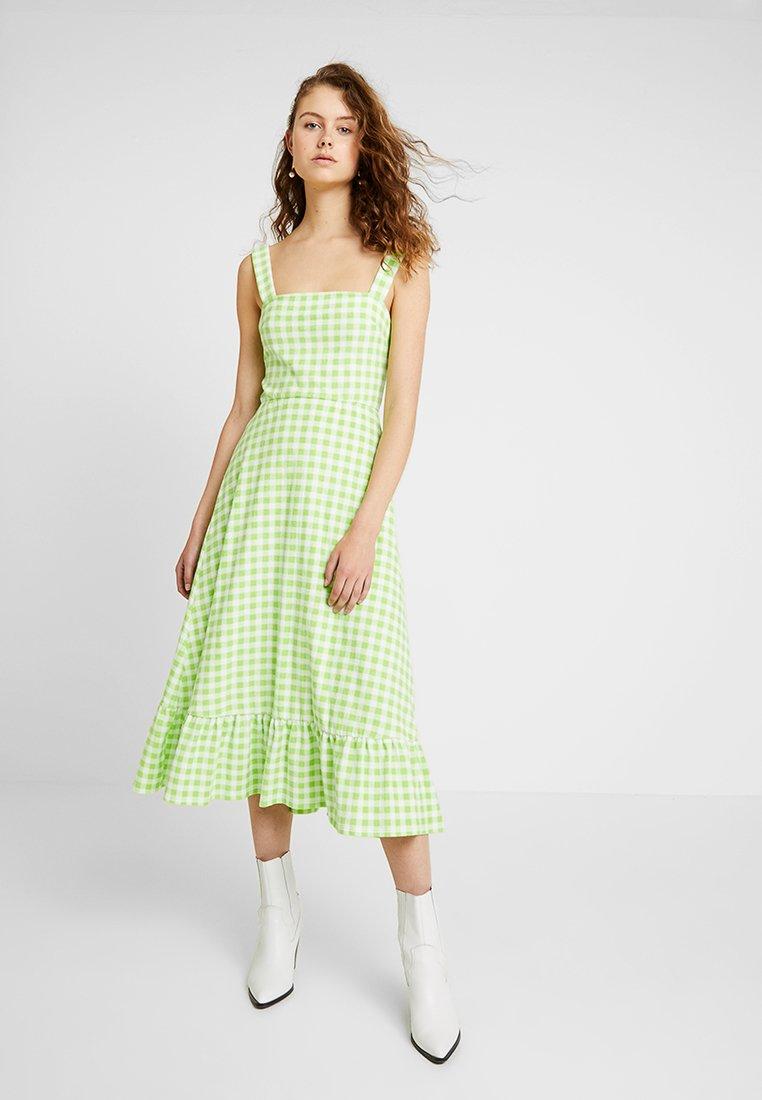 Warehouse - SHRIMPS GINGHAM DRESS - Maxi dress - green