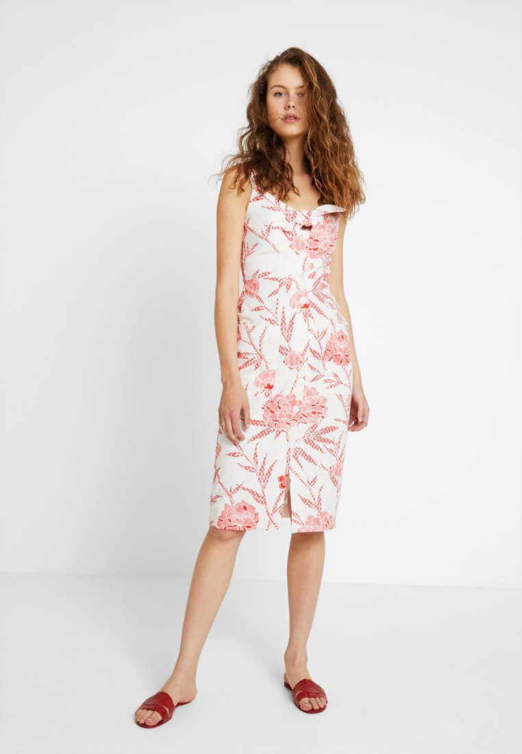 Warehouse - BAMBOOZLED FRONT TIE BUTTON DRESS - Day dress - white