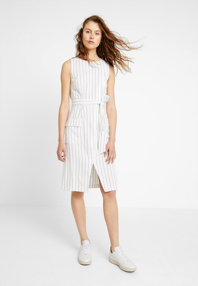 STRIPE SUMMER WORK DRESS - Denní šaty - white/black