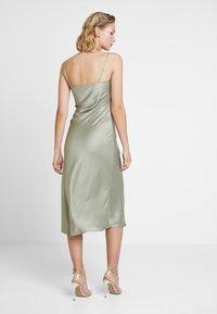 Warehouse - CAMI SLIP DRESS - Vestido informal - khaki - 2